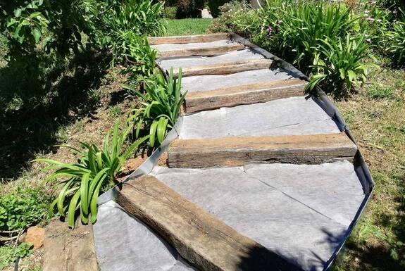 <i>Réalisation travaux escaliers</i>