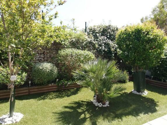 <i>Espace pelouse client</i>