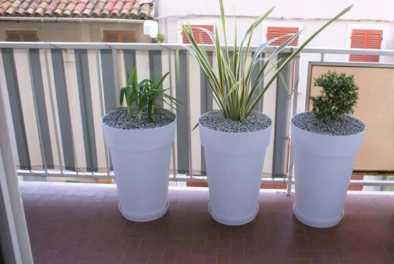 <i>Pots balcon</i>